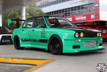 SEMA 2013: Wide-Body BMW E30