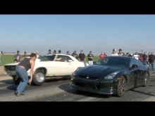 560hp GT-R vs MUSCLE