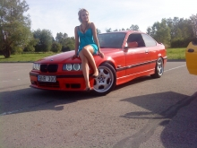 Hellrot red E36