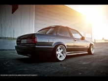 Lowered BMW E30