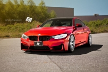 BMW M4 Coupe nuo SR Auto Group