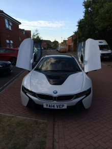 BMW i8 is arciau