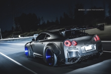 2013 Liberty Walk R35 Nissan GTR