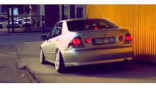 Lexus IS200 Justelis