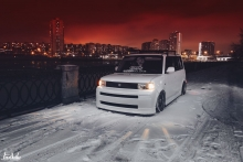 Sniegius Scion XB