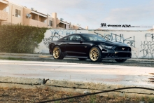ADV.1 Ford Mustang