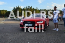 AUDI RS7 almost fell off the trailer!