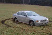 BMW 5 E39 Off-road Drifting with Top Acceleration